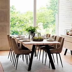 esstisch stuehle modern esstisch mit st 252 hlen lamon aus eiche hell massiv und stahl