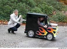 104 x 66 x 129 cm das kleinste auto der welt