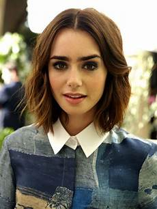 28 middle part haircuts for medium length hair hairstyles