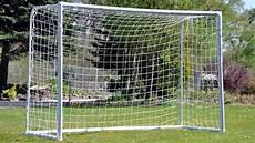 but de foot pour les passionn 233 s achetez votre but