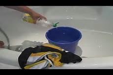 gerüche aus textilien entfernen hausmittel gegen schwei 223 w 228 sche so entfernen sie den geruch
