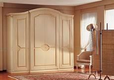 armadi classici armadio classico di lusso decorazioni realizzate a mano