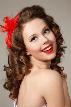 hair pin up on a 24 pin up hairstyles that scream quot retro chic quot