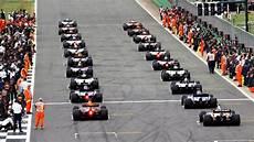 start formel eins heute 2017 formula 1 grand prix race start club corner