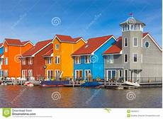 terrazze moderne costruzioni urbane a terrazze moderne immagine stock