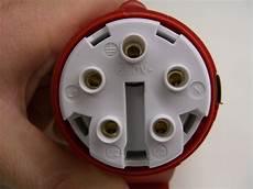 cee stecker und kupplung anschliessen elektricks