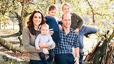 Kate Und William Kinder - kate und william royales familienfoto birgt geheimnisse
