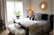 top 5 decor tips for creating the guest room