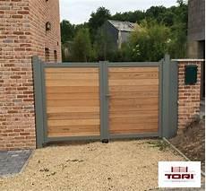 portail en bois portail aluminium et bois c 232 dre id 233 es portail pour