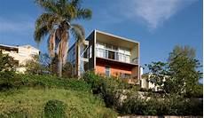 Haus Hanglage Modern - modern house on hillside
