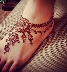 tatouage henné permanent 97 jaw dropping henna ideas that you gotta see