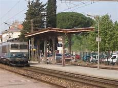 File Les Arcs Draguignan Ter Jpg Wikimedia Commons