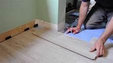comment poser parquet stratifié pose de plancher flottant 233 et comment faire