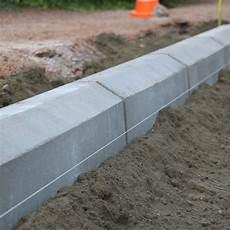 bordure de jardin en beton bordure bordure en b 233 ton b 233 thune nord pas de calais