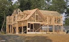construction de maison en large house framing stock photo getty images