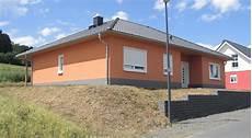 town country haus musterhaus bungalow 128