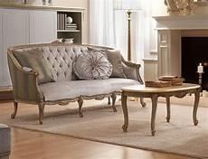 divani classici in legno divano classico a tre posti in legno intagliato a mano