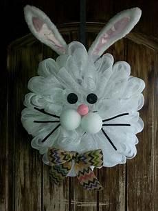 Osterkranz Basteln Anleitung - cottontail rabbit wreath easter