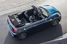 mini cabrio 2020 12 autoblog