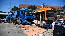 mannheim stra 223 enbahn entgleist viele verletzte und
