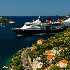 how to choose a disney cruise which ship itinerary are