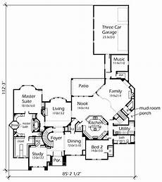 house plans with butlers kitchen i love the music room off the garage and the butlers