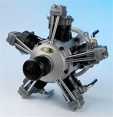 moteur 5 cylindres en etoile goulotte protection cable