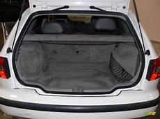 2000 Volvo V40 1 9t Wagon Trunk Photo 61081252 Gtcarlot