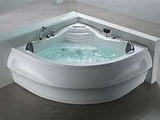 whirlpool badewanne mit 14 d 252 sen heizung