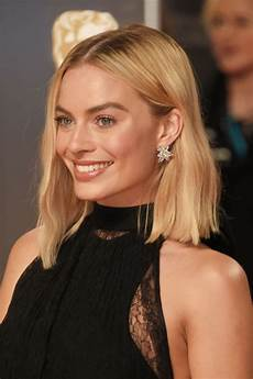 50 best medium hairstyles with shoulder length haircuts
