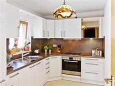 küchen türen lackieren einbaukueche renovieren fronten hochglanz weiss