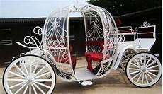carrozza matrimonio sposa in carrozza