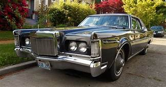 Seattles Parked Cars 1969 Lincoln Continental Mk III