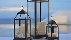 lanterne pour terrasse summer outdoor decor with lanterns pottery barn