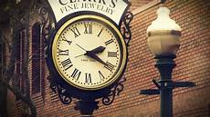 Photo Clock fashioned vintage photos kissed by the sun