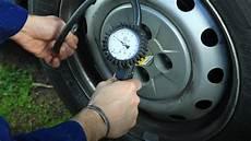 pression pneu hiver quelle pression pour des pneus neige en hiver