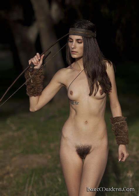 Roarie Yum Nude
