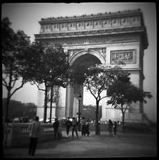 avenue chs elysees arch triumph
