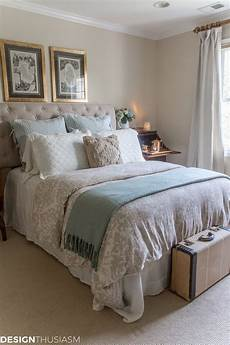 fall guest bedroom ideas 6 ways to welcome autumn visitors