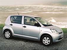 2007 DAIHATSU Sirion Car Photos