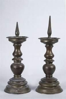 candelieri antichi coppia di antichi candelieri in bronzo asta antiquariato