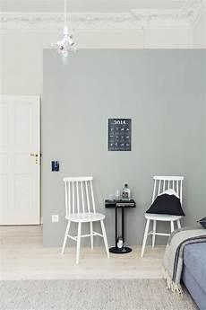 wohnzimmer grün streichen scandinavian style interior in berlin interior at home