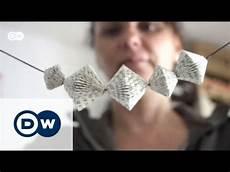 Menschen Basteln Aus Papier - upcycling papierkunst aus alten b 252 chern euromaxx