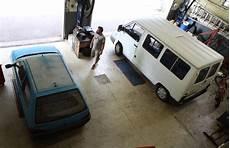 garage citroen rennes rennes s emballe pour garage associatif auto moto