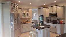 benna quot what color should i paint my kitchen with white cabinets and blue countertops