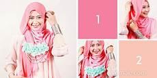Cara Memakai Jilbab Segi Empat Dua Warna Romantis Cara