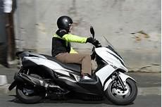 meilleur maxi scooter comparatif scooter quel 400 pour aller bosser