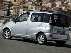 Car In Pictures Car Photo Gallery 187 Toyota Yaris Verso