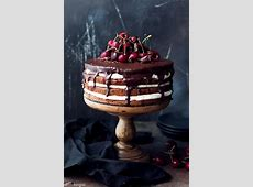 chocolate cherry cake_image