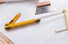ecke tapezieren vliestapete ecken tapezieren 187 die 3 wichtigsten tipps f 252 r den erfolg